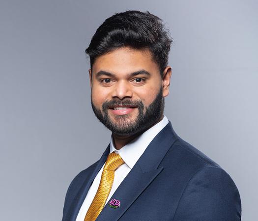 Akash Chakravarthy S